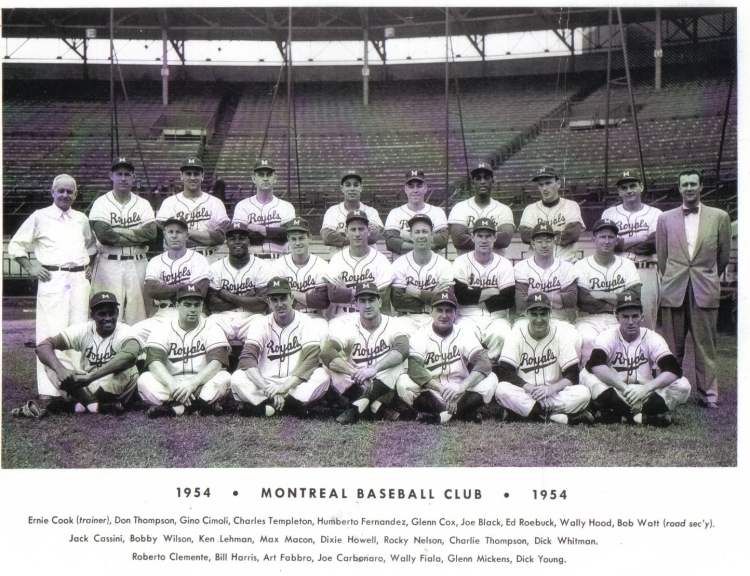 Plainfield, New Jersey native Joe Black  (top row, fourth player from right) recorded 12 wins for the Montreal Royals in 1954. (Photo: Courtesy of the Canadian Baseball Hall of Fame)