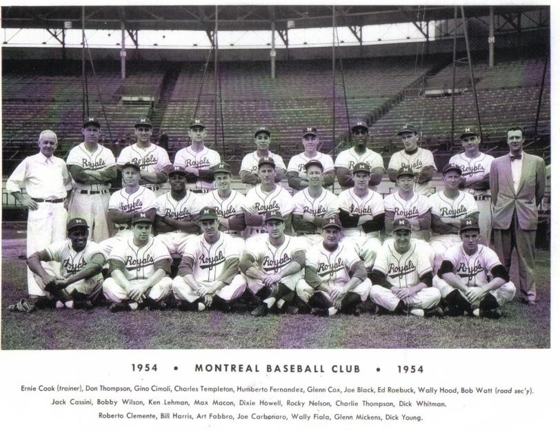 California native Glenn Cox  (top row, fifth from left) recorded 13 wins for the Montreal Royals in 1954. (Photo: Courtesy of the Canadian Baseball Hall of Fame)