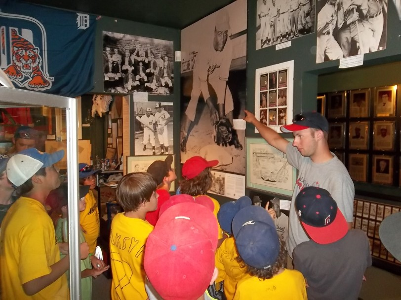 Canadian Baseball Hall of Fame curator Zach Harmer talks about Jackie Robinson to Kids On Deck participants. (Courtesy of Canadian Baseball Hall of Fame)