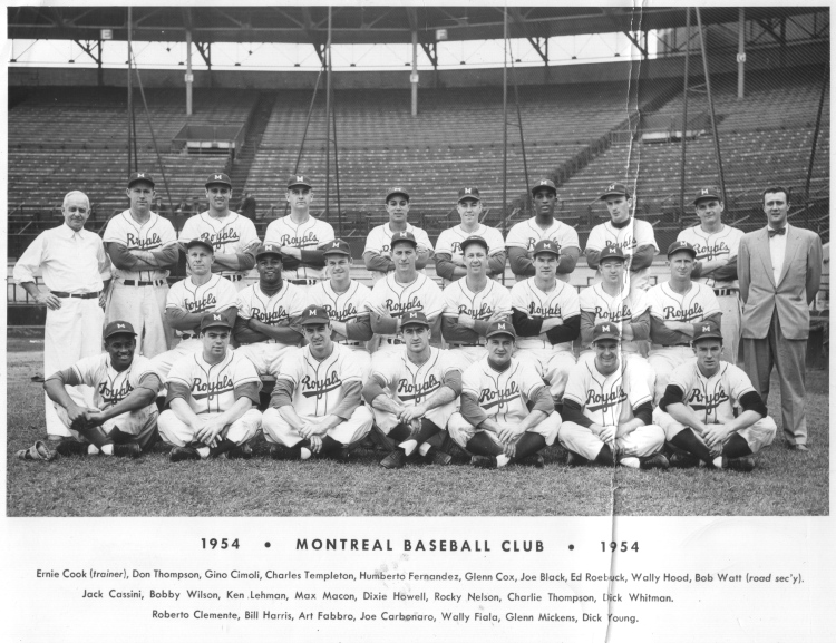 Glenn Mickens (last player on the right in the bottom row) posted a 3.64 ERA in 12 games for the Montreal Royals in 1954. (Photo: Courtesy of the Canadian Baseball Hall of Fame)