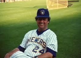 Hartenstein 1987 'oleh Brewers Milwaukee ke 1989 menjabat sebagai kelas pelatih Pitching /> <P =
