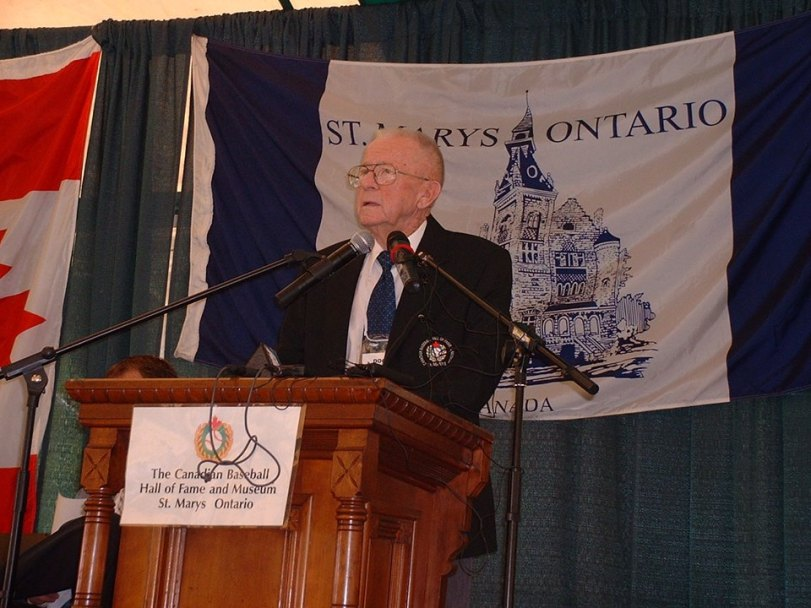 "Harold ""Doc"" Younker speaking at his 2005 Canadian Baseball Hall of Fame induction ceremony in St. Marys, Ont. (Photo: Courtesy of Canadian Baseball Hall of Fame)"